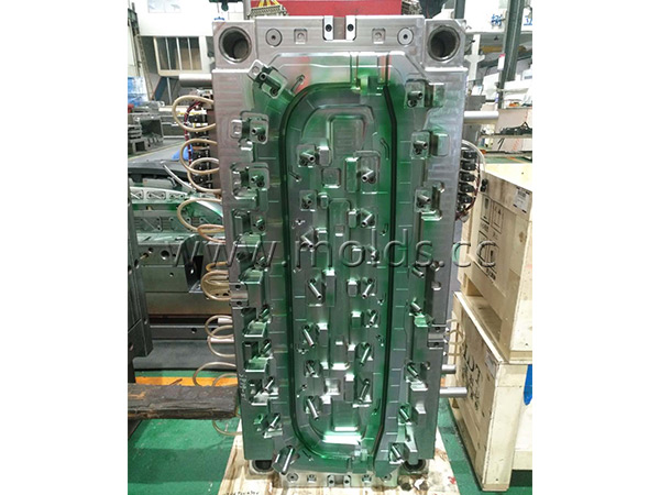 Automotive Mould 12