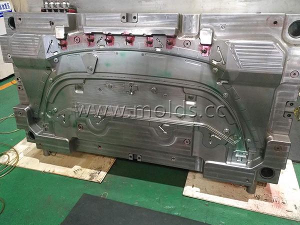 Automotive Mould 21