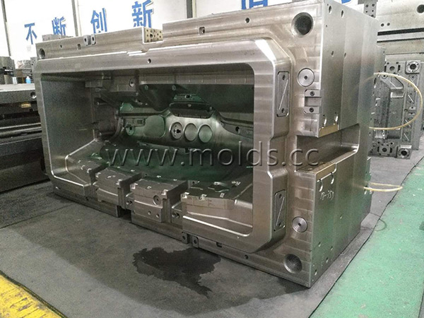 Automotive Mould 22