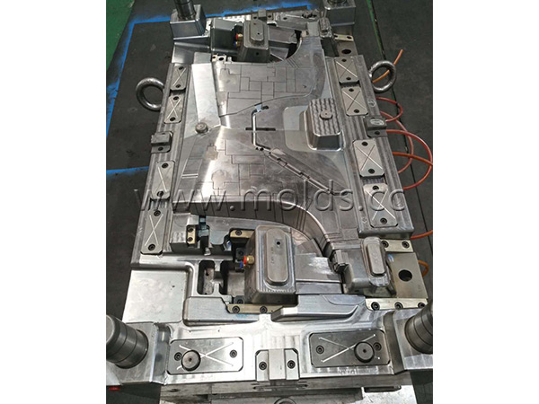 Automotive Mould 23